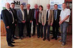 Die ÖSTV-Präsidenten Berr und Zeman gratulieren zur Rezertifizierung